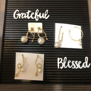 Gold Pearl Modern Contemporary Chic Earrings